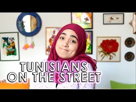 TUNISIANS ON THE STREET
