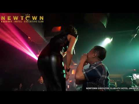 TATA JANEETA - KORBANMU LIVE @ NEWTOWN EXECUTIVE CLUB JAKARTA