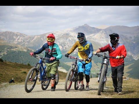 Mountainbike-Nachhilfe: Coaching beim Profi Timo Pritzel || PULS Playground