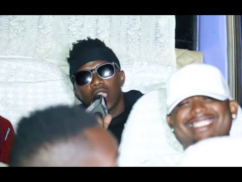 Rayvanny alivyowachekesha kina Mr. Blue, Shilole, Chege na wengine kwenye basi la Wasanii