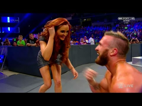 Maria Kanellis Entrance / Distraction Mike Vs Sami WWE Smackdown
