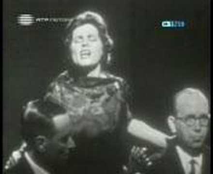 Amália Rodrigues - Estranha forma de vida (1961)