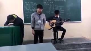 Cover Guitar Bình yên nơi đâu. Thầy thực tập lớp 10e THPT Kim Thành 2016