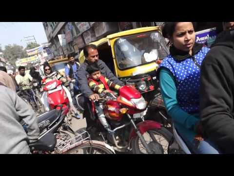Varanasi India Street View Includes How To Maneuvre A Crossroad Traffic Jam