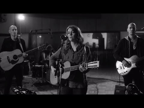 Brandi Carlile - Whatever You Do (Live From Studio A)