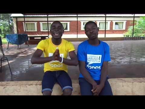Encargados del grupo en angola