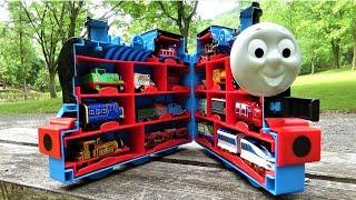 Big Thomas Carry Case & 17 Trains ☆Chuggington & Thomas & Cars hide and seek!