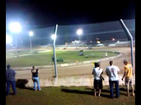 Stand On It Racing (Putnam County Speedway) 4/29/2011