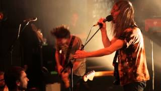 PULLED APART BY HORSES PERFORM 'MEDIUM RARE' LIVE // DR. MARTENS EUROPEAN #STANDFORSOMETHING TOUR