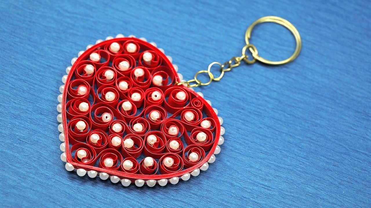 Diy valentine gift for her heart shaped keychain from paper diy valentine gift for her heart shaped keychain from paper quilling youtube negle Gallery