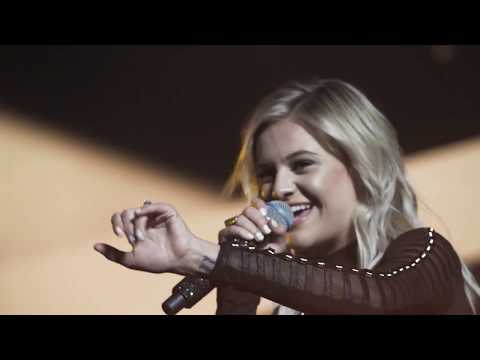 Kelsea Ballerini | Unapologetically
