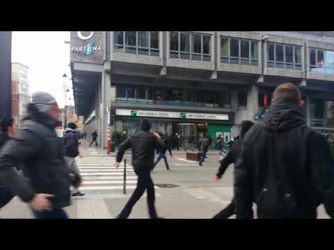 Right-wing supporters disrupt memorial at Place de la Bourse