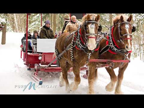 Holidays on Mackinac Island | Pure Michigan