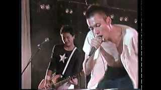 1987年9月27日に日比谷野外音楽堂で行われたライブです。最高.