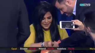 شاهد الفنانة احلام تاكل بطيخ علي الهواء في برنامج علي قناة دبي