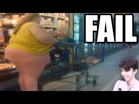 Offensive Walmart Shoppers (Funny Pictures)