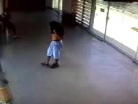 Homem é executado dentro de estação do Move metropolitano em BH
