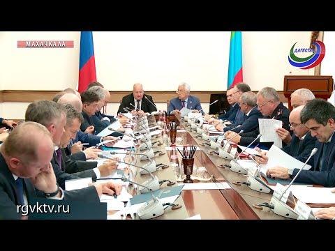 Владимир Васильев и Сергей Чеботарев провели совещание по ситуации в ТЭК республики
