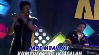 Top Hits -  Reny Farida Kumpul Kebo Cover Farel
