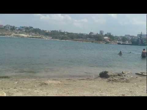 Пляж в бухте Херсонеса