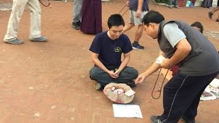 Người Việt giả làm người ăn xin ở Nepal và cái kết không ai ngờ đến