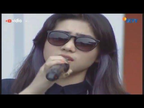 Isyana Sarasvati - Tetap Dalam Jiwa (Live on Inbox)