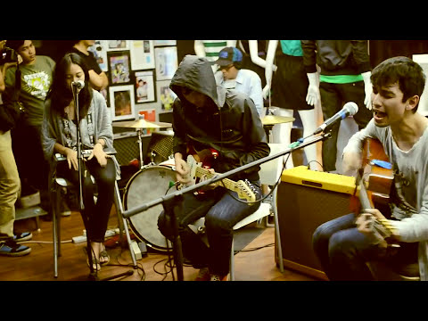 The Trees & The Wild live @Badger Malaysia Mp3