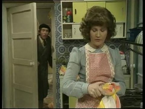 Some Mothers Do 'Ave 'Em Season 2 Episode 1 Frank Goes Over the Edge English