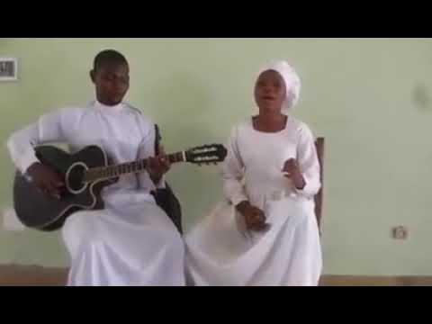 Les talents de l'église du christianisme céleste.  Écoutez pour voir