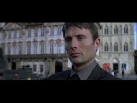 Mads Mikkelsen en la película Praga