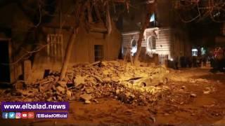 شاهد.. آثار انهيار عقار «جاردن سيتي»