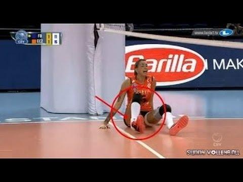 Thaisa Daher Pallesi Eczacibasi   caida   hueso roto   bone broked