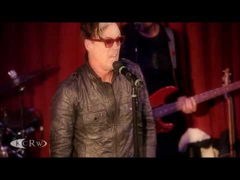 """Fitz and the Tantrums performing """"The Walker"""" Live at KCRW's Apogee Sessions"""