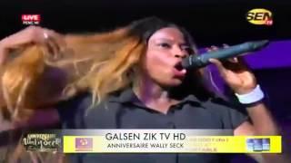 Clip - Wally Seck feat Ndeye Gueye - Tass Sa Cheveux