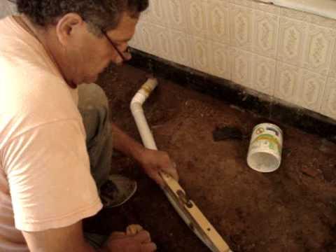 Construcci n y reparaci n casas colocaci n de ca os para for Como eliminar cucarachas del desague