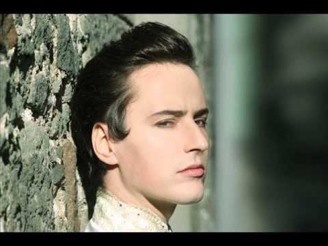 Những bài hát hay nhất của Vitas (giọng nam cao nhất thế giới)