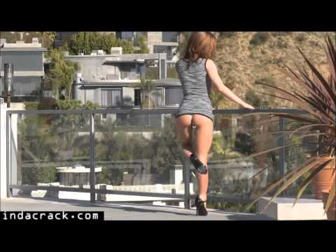 Fit MILF Sheena Shaw teasing with perfect Butt from YouTube · Duration:  5 minutes 49 seconds