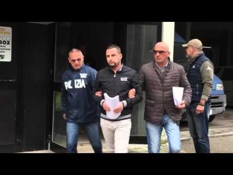 Blitz contro la Scu: gli arrestati lasciano la questura