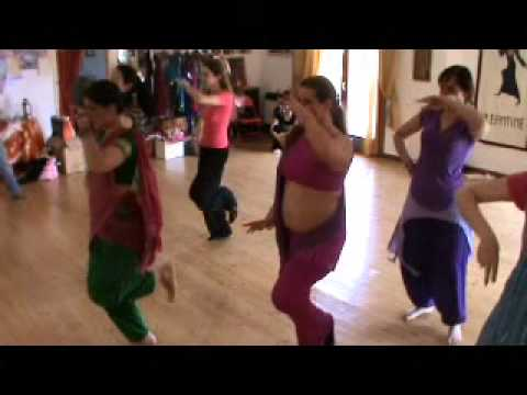 Vanashree Lesson INDIAN DANCE CREATIVE & BOLLYWOOD DANCE