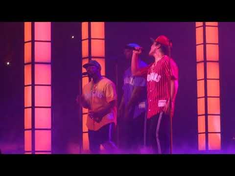 Bruno Mars-Versace on the floor Bell Center Montreal 29/08/2017