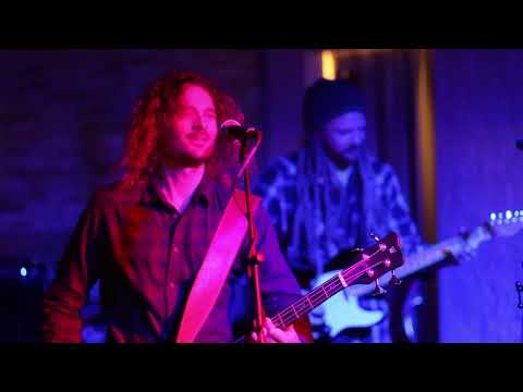 Red Light - Tony Glaser and The Party live in Mammoth