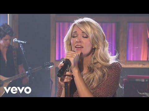 Смотреть клип Carrie Underwood - Mama's Song