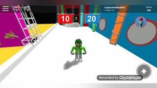 Jugando ROBLOX!! OLE IN THE WALL!
