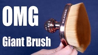 OMG ... WORLD'S LARGEST FOUNDATION BRUSH