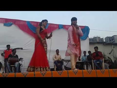 Nisha Dubey and Kallu ji New Bhojpuri Hot Song Stage Show 2017 Live Show