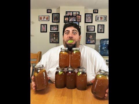 Easy way to make apple pie moonshine