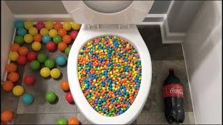Will it Flush? - Plastic Balls, Coca Cola, Sprite, Rainbow Skittles and Mirinda Balloons
