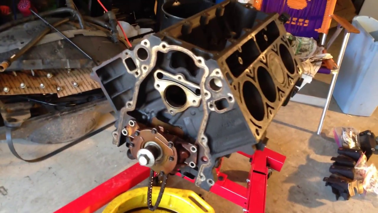 Block Tear Down Remove Oil Pump Gm Vortec 5 3 Ls Engine Vid   21