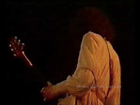 Queen - Brighton Rock (Part 1) [Live In London 1977]