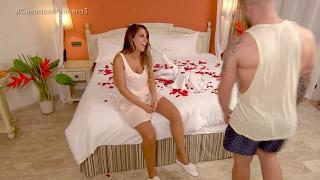 Rafa le insiste a María para no pasar su noche de bodas en el sofá - Casados a primera vista